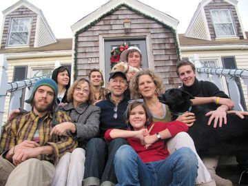 Here's our gang on the front stoop of Uppowoc House, Xmas '10.