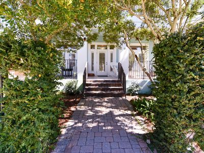 Beach Home in Gated Neighborhood. Moments away from memories at beach and pool!