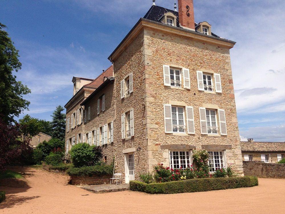 Air-conditioned accommodation, great guest reviews , Flacé, Bourgogne