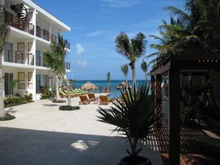 Puerto Morelos condo photo - Pergola in courtyard for a shady afternoon lunch.