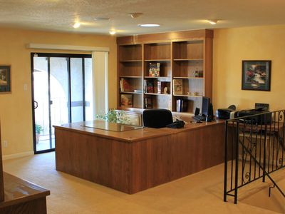 West Coast Villa provides a full executive office with computer, printer, WiFi