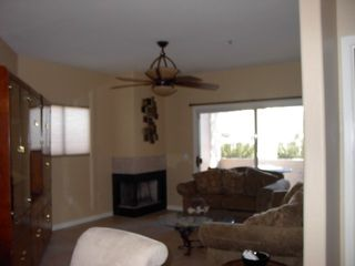 Scottsdale North condo photo - Living room looking towards dinning area and into kitchen.