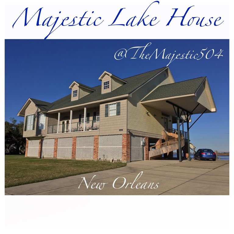 5 bedrooms, 5.5 bathrooms. Great fishing & crabbing.  30 min drive to the FQ