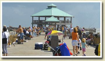Eddie's pier (they say) is a favorite for the entire family. Don't miss it!