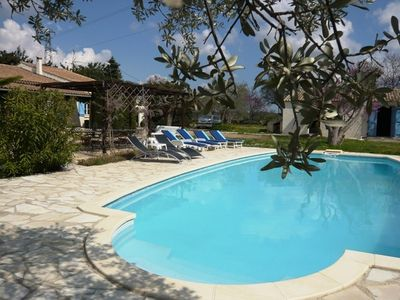 Large villa with private pool walking distance to Fayence
