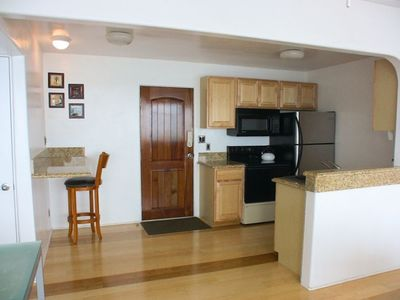 fully functional kitchen, granite countertops, new appliances