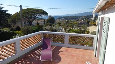 Atypical house, by the country and the seaside, 90m2. Pets allowed