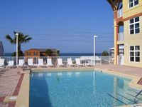 Excellent Unit with Great Rates; Now Booking August and Fall Vacations