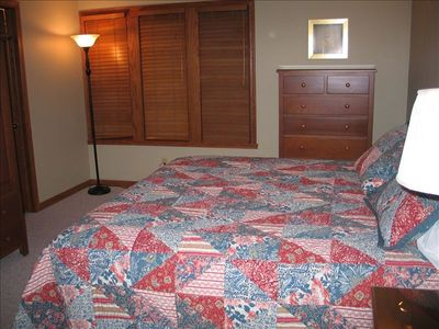 Findley Lake condo rental - Master bedroom 8279 - King bed, private full bath