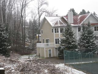 Mont Tremblant townhome photo - 3 story 4 bedroom townhouse