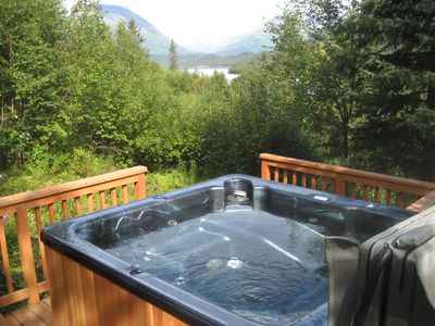 Steller Jay six person hot tub
