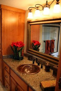 Sedona cottage rental - Bathroom