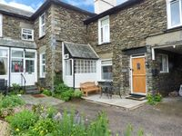 COSY NOOK, pet friendly in Bowness and Windermere, Ref 20838