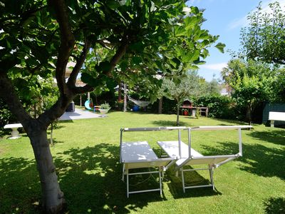 The ideal place to relax in the garden and nearby beaches