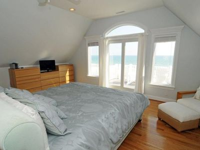 Top floor master Ocean View from your Bed