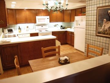 Your fully equipped kitchen with breakfast table ...