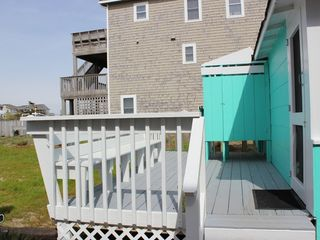 Nags Head cottage photo - The outdoor shower is waiting!