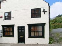 CATHEDRAL WAY, character holiday cottage in Ripon, Ref 13899