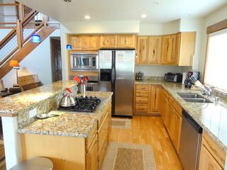 Steamboat Springs condo photo - Full Stocked Kitchen