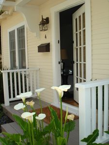 Santa Monica cottage rental - Private entry and private back door to patio