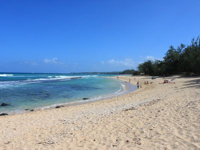 Baby Beach, one of many beaches close to Paia.