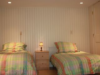 Guilford house photo - Twin Beds