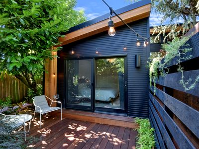 Location, style and space! - Midcentury Modern Nest - Steps from Restaurant Row