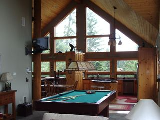 Lake of the Woods cabin photo - How about a game of pool?