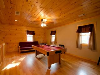 Ellijay cabin photo - 2 inch pool table and queen futon sleeper in the loft
