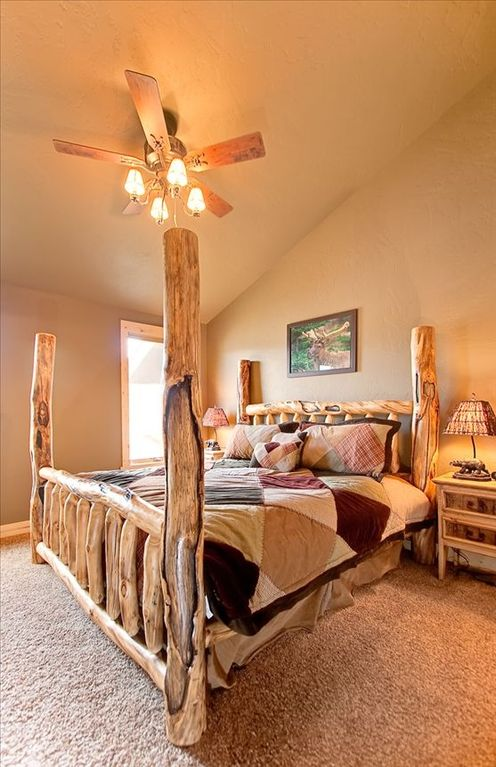 Master Bedroom - King log bed