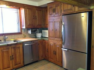 Sainte-Adèle cottage photo - Kitchen with Stainless Steel Appliances
