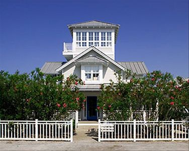 Starrry Night - Exterior - Cottage Rental Agency Seaside, Florida