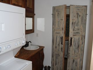 Las Cruces bungalow photo - Laundry room with washer and dryer.