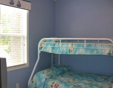 Kids Bedroom (twin and double) 1530