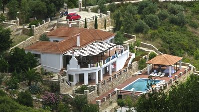 Large Exclusive Luxury Villa With Private Pool, Terrace and Sea Views
