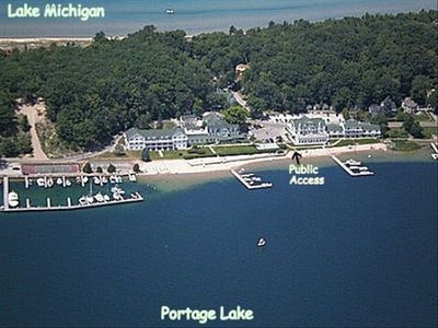 Portage Point Inn - Ideally located between Portage Lk and Lk Michigan