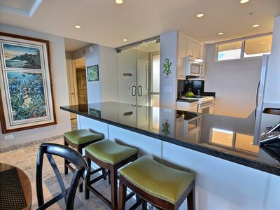 Love Life at the Mahana, Direct oceanfront condo! Complete remodel Dec 2013