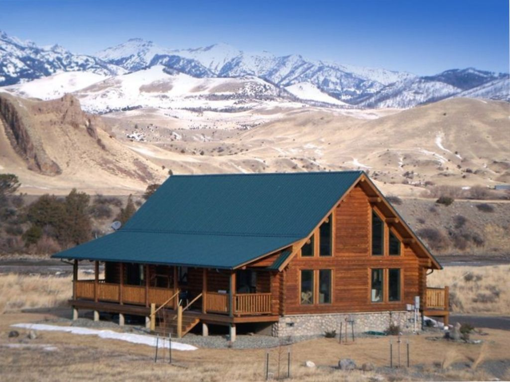 Beautiful Log House On The Yellowstone River Vrbo