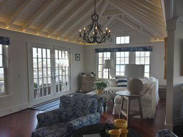 Avila Beach house rental - Living Room and French Doors to the Front Balcony overlooking the beach