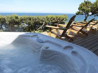 Stunning Ocean Views from deck with ocean view hot tub!
