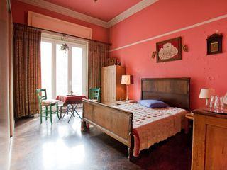Central Athens apartment photo - Folklore Bedroom