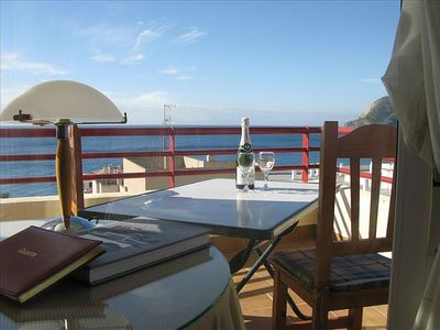 Fantastic apartment only two minutes walk to the lovely beach of La Herradura