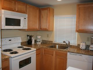 Kennebunkport condo photo - Kitchen
