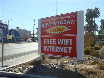 Welcome to Holiday Royale -- Move in Today. FREE WiFI