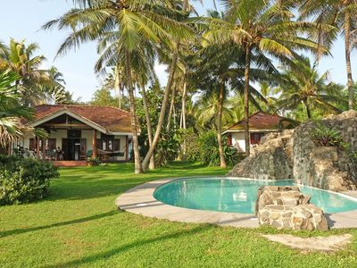 Stunning beachfront holiday villa with wonderful pool and garden