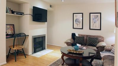 Leather Furniture  Angeles on Beverly Hills Vacation Rental   Vrbo 340021   2 Br Los Angeles County