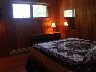 Lake Wallenpaupack lodge photo - Bedroom 3