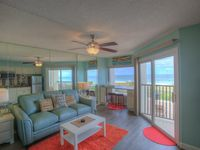 Gulf Front 1BD Condo, Ideal for Small Families! 50% off admission to aquarium