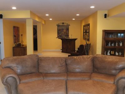 Louisville house rental - Basement with Bar