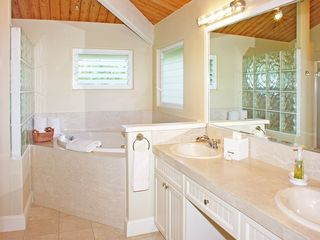 Princeville house photo - Upstairs Master bathroom with jacuzzi tub